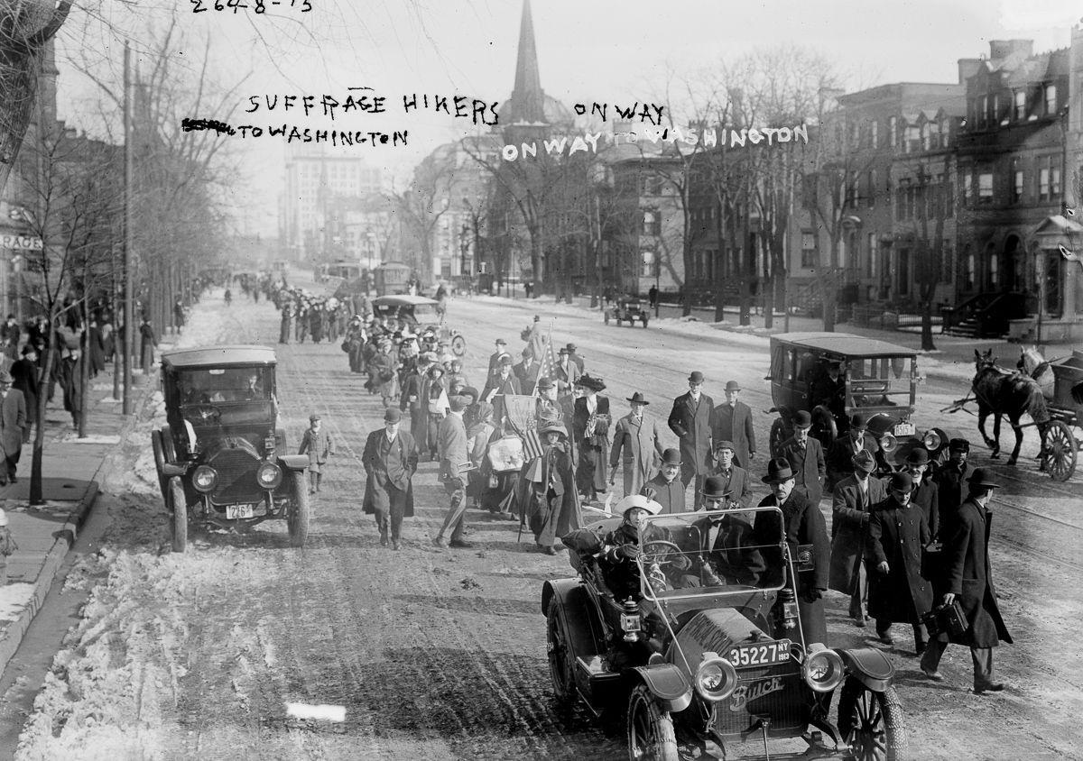 suffragette-march-1913